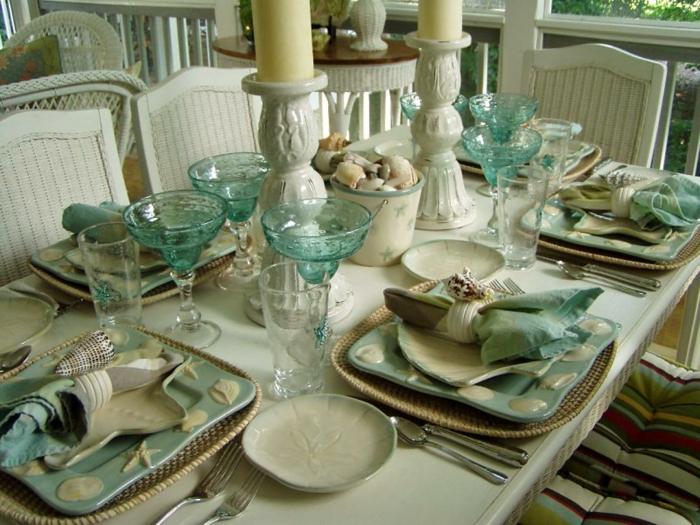 außergewöhnliche-Tischdeko-mit-maritimen-Elementen