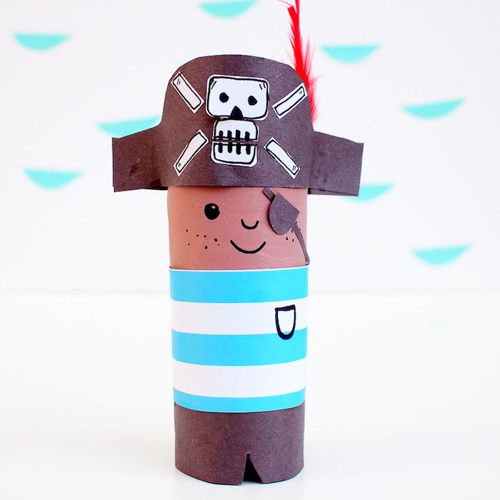 DIY Pirat aus Klopapierrolle, Bastelideen für Kleinkinder mit Anleitung