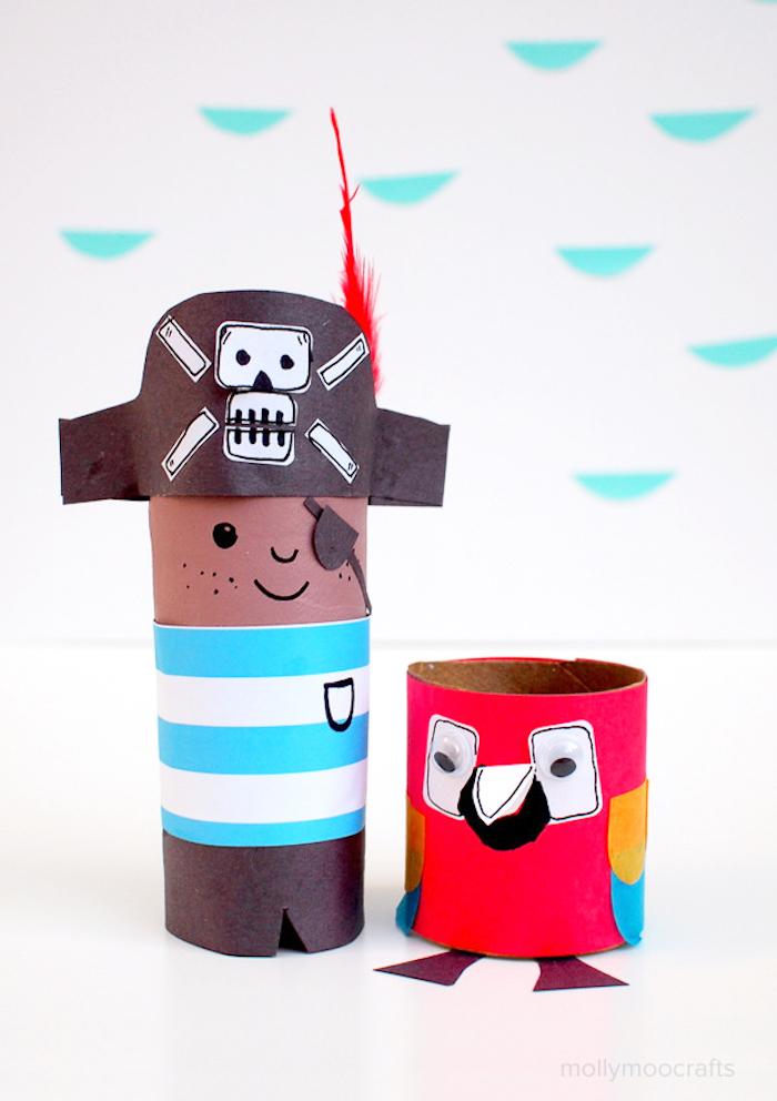 Pirat und Papagei aus Klopapierrollen basteln, DIY Ideen für Kleinkinder