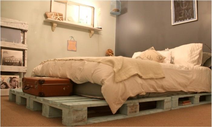 Bett selber bauen - Ideen und Bauanleitungen