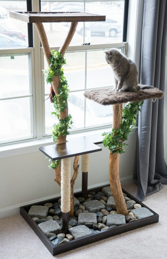 kratzbaum-selber-bauen-aus-gefälltem-baum-einen-kratzbaum-selber-bauen