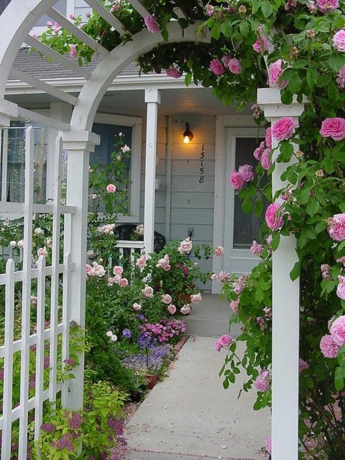 pergola-Gartentor-rosen-rundbogen