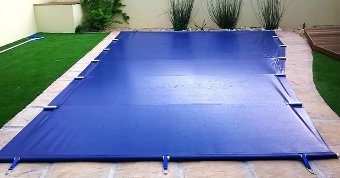poolabdeckung-blaue-winterplane-für-ihren-pool