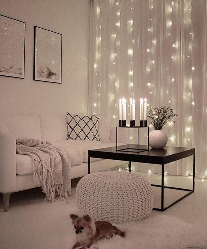 romantisch und gemütliche Inneneinrichtung, Kerzen, Gestaltung in hell, Wohnzimmereinrichtungen