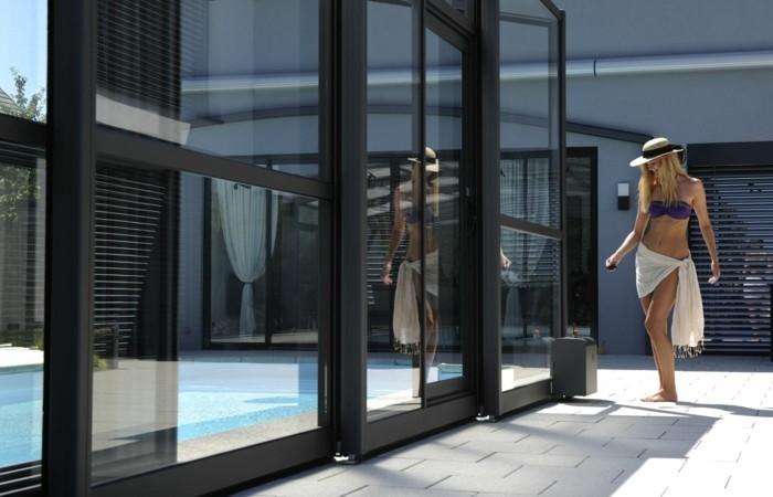 schwimmbadüberdachung-ausgefallene-idee-für-hohe-schwimmbadüberdachung