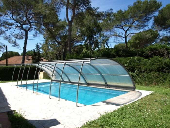 schwimmbadüberdachung-eine-ausgefallene-poolüberdachung-von-abrisud