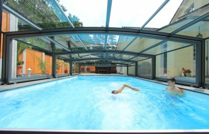 schwimmbadüberdachung-eine-der-mittelhohen-schwimmbadüberdachungen