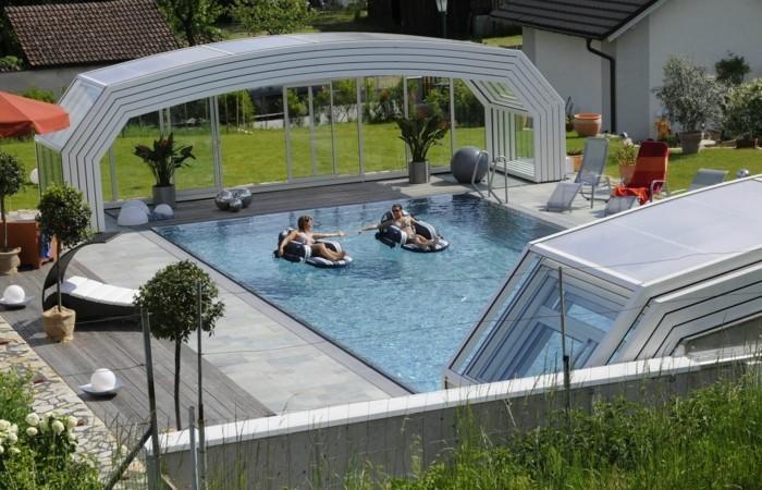 schwimmbadüberdachung-eine-kompakte-poolüberdachung