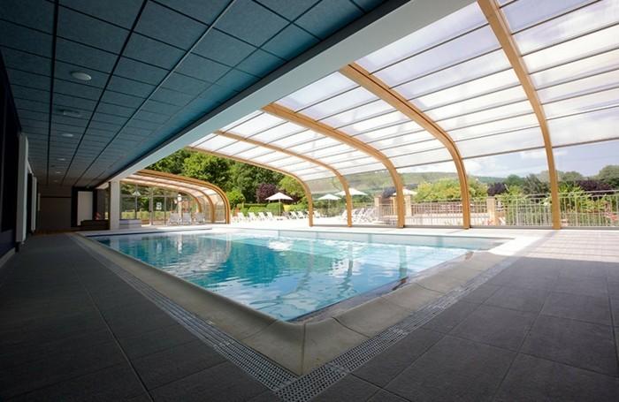 schwimmbadüberdachung-eine-schöne-poolüberdachung-von-abrisud