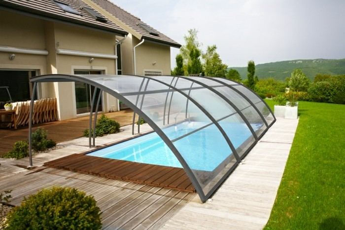 schwimmbadüberdachung-eine-schöne-schwimmbadüberdachung-von-abrisud