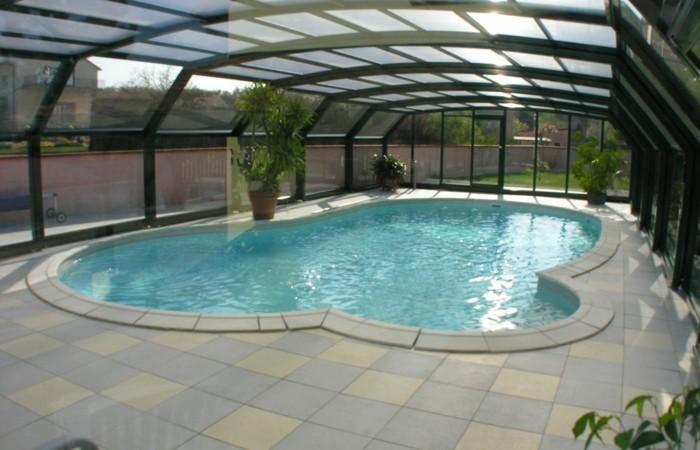 schwimmbadüberdachung-vorschläge-für-hohe-poolüberdachungen