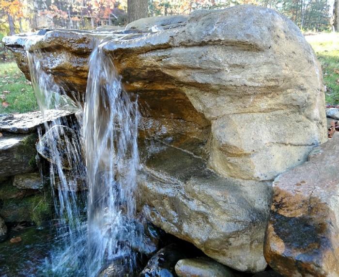 Wunderbar Wasserfall Im Garten Einen Ausgefallenen Wasserfall Im Garten
