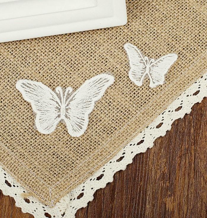 Einfach-basteln-zwei-Schmetterlinge