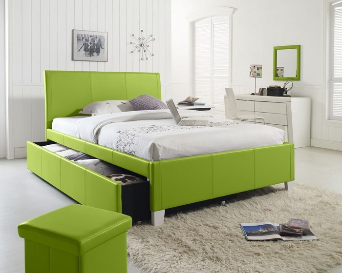 Farben-fürs-Schlafzimmer-Grün-Eine-außergewöhnliche-Еinrichtung