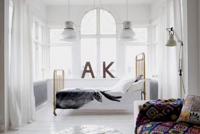 Farben-fürs-Schlafzimmer-Weiß-Ein-cooles-Interieur (Copy)