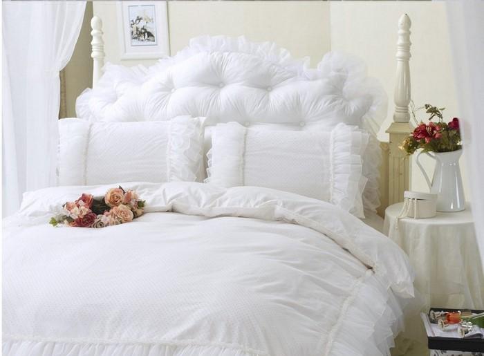 Farben-fürs-Schlafzimmer-Weiß-Eine-außergewöhnliche-Ausstattung (Copy)