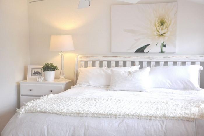 Farben-fürs-Schlafzimmer-Weiß-Eine-auffällige-Ausstrahlung (Copy)