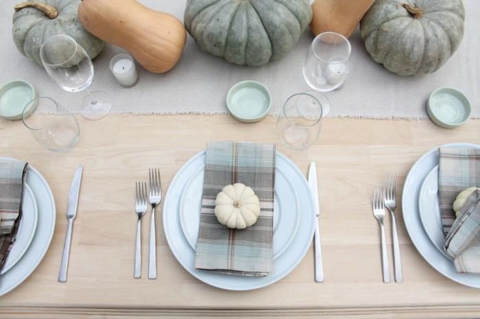 Festlicher-Tisch-für-den-Herbst