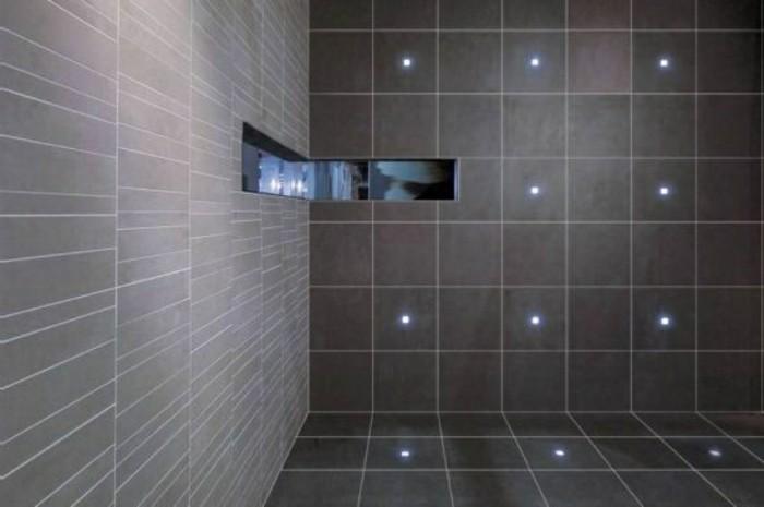 Fliesen-neu-gestalten-mit-LED-Beleuchtung