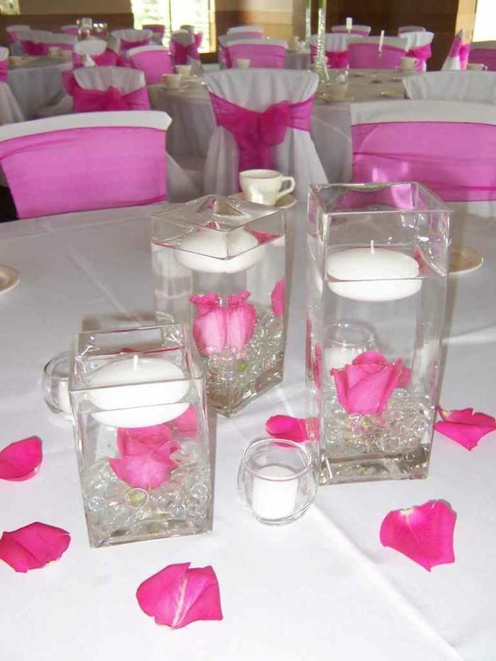 Gläser-für-Kerzen-mit-Rosenblätter