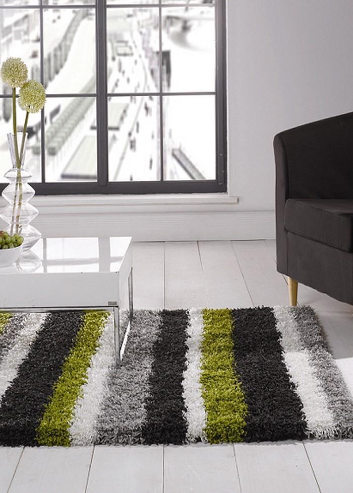 Grünes-Wohnzimmer-Design-Ein-auffälliges-Interieur