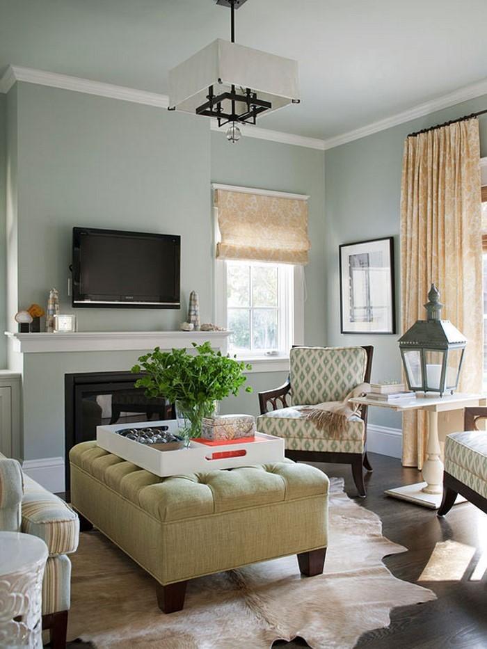 Grünes Wohnzimmer Design: Modernes Wohnzimmer in Weiß