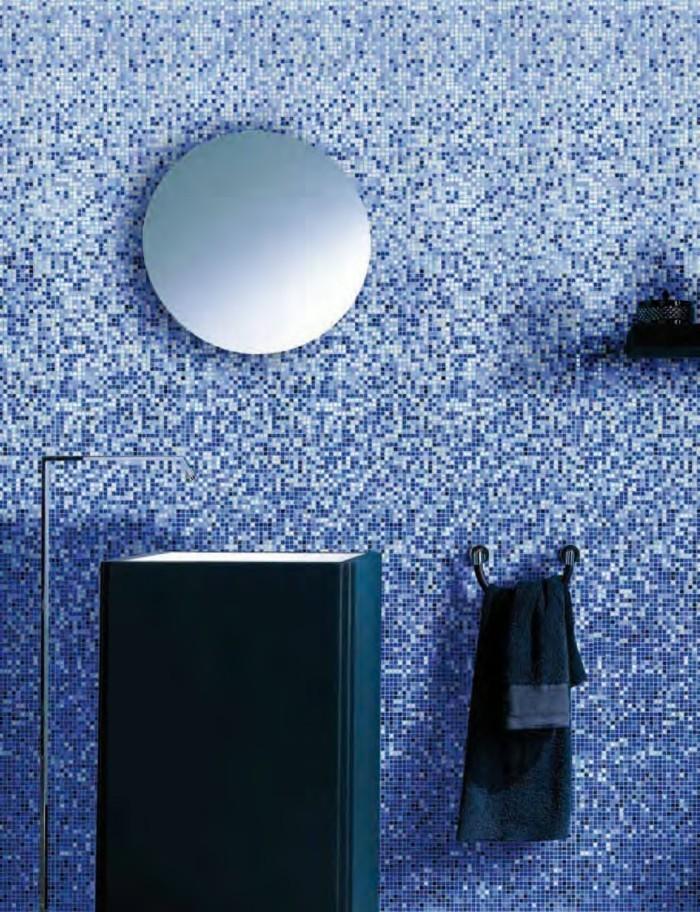 Italienische-Fliesen-wie-blaue-Mosaik