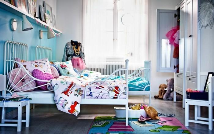 Kinderzimmer-Ideen-für-eine-kleine-Dame