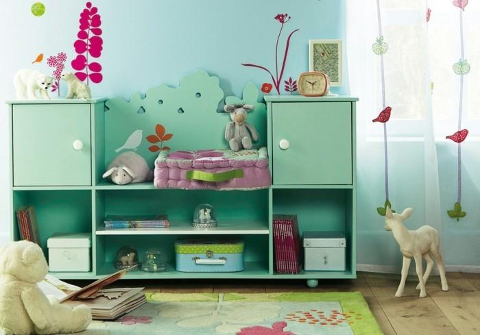 Kinderzimmer-Ideen-mit-grünen-Regalsystem