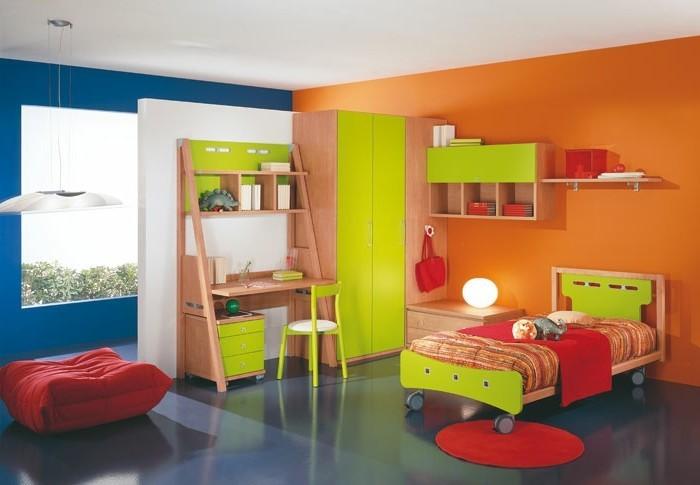 Kinderzimmer-einrichten-ein-Bett-mit-Rädchen