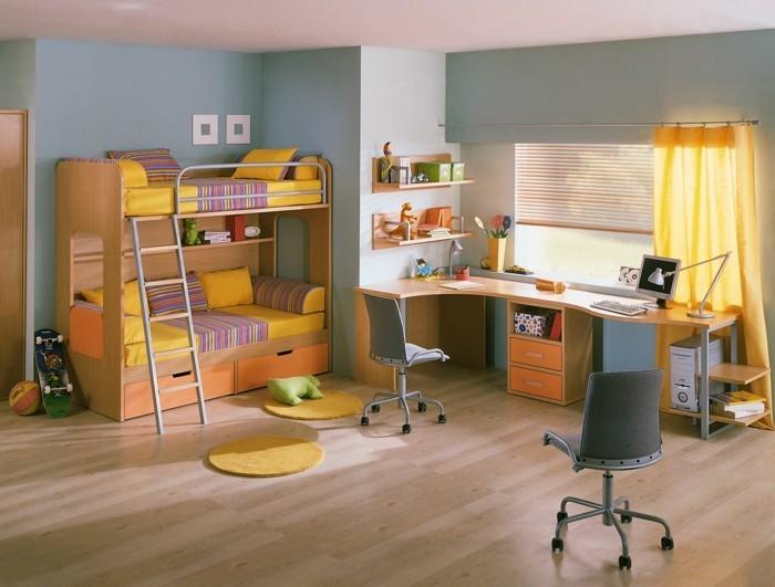 Kinderzimmer-einrichten-mit-orangen-Gardinen
