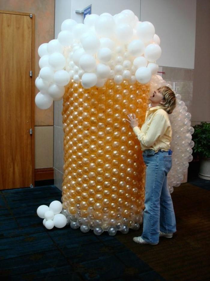 Oktoberfest-Deko-Bier-aus-Ballonen