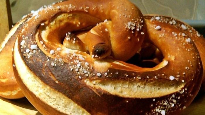 Oktoberfest-Gerichte-so-leckere-Brezel
