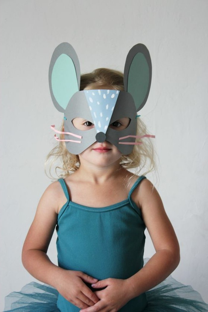 Origami-Maus-falten-eine-maske