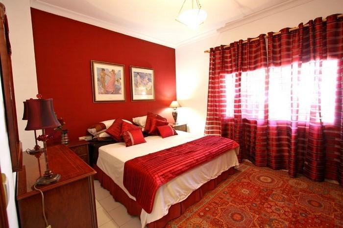 Rotes-Schlafzimmer-Design-Ein-auffälliges-Design