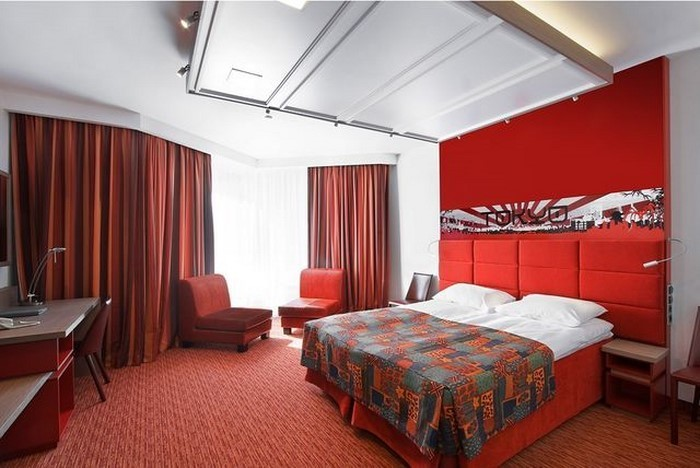 Rotes-Schlafzimmer-Design-Ein-verblüffendes-Design