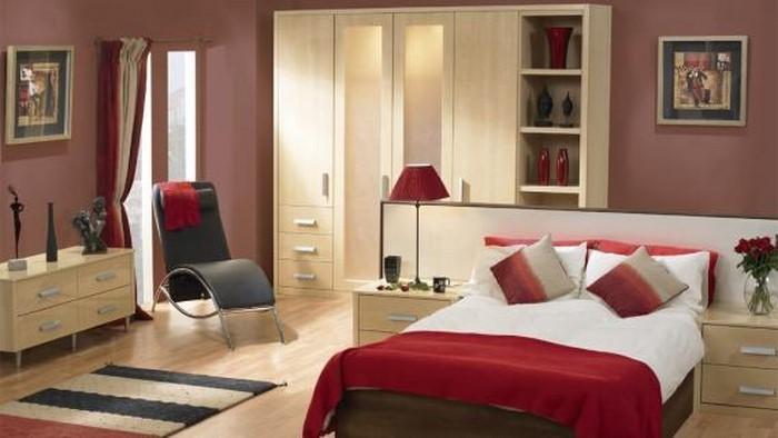 Rotes-Schlafzimmer-Design-Eine-außergewöhnliche-Deko