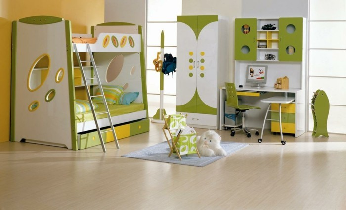 Schöne-Kinderzimmer-mit-Hochbett-mit-Leiter