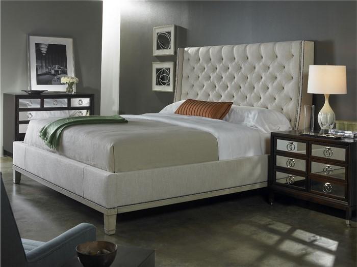 Schlafzimmer-Ideen-mit-Grau-Ein-auffälliges-Interieur