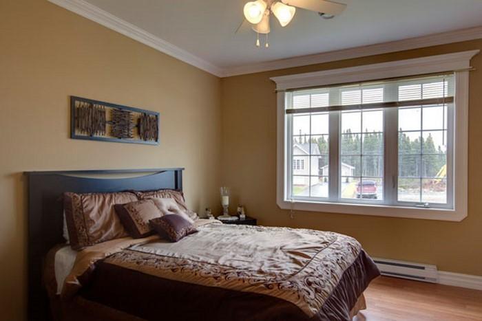 Schlafzimmer-braun-Eine-auffällige-Deko