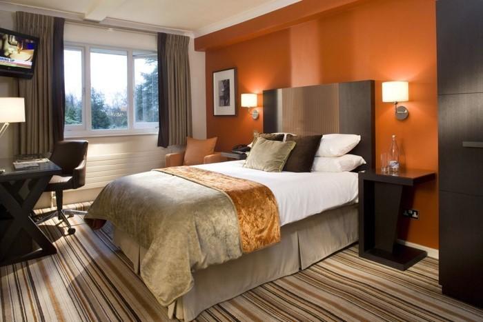 Schlafzimmer-braun-Eine-wunderschöne-Dekoration