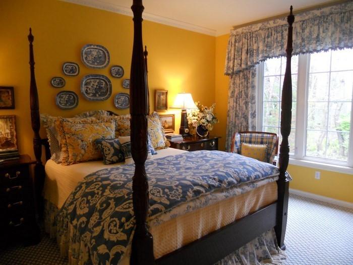 Schlafzimmer-farblich-gestalten-mit-Gelb-Ein-verblüffendes-Interieur