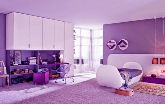 Schlafzimmer-lila-Ein-außergewöhnliches-Design