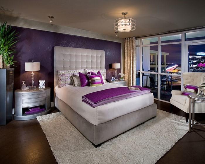 Schlafzimmer-lila-Eine-außergewöhnliche-Deko