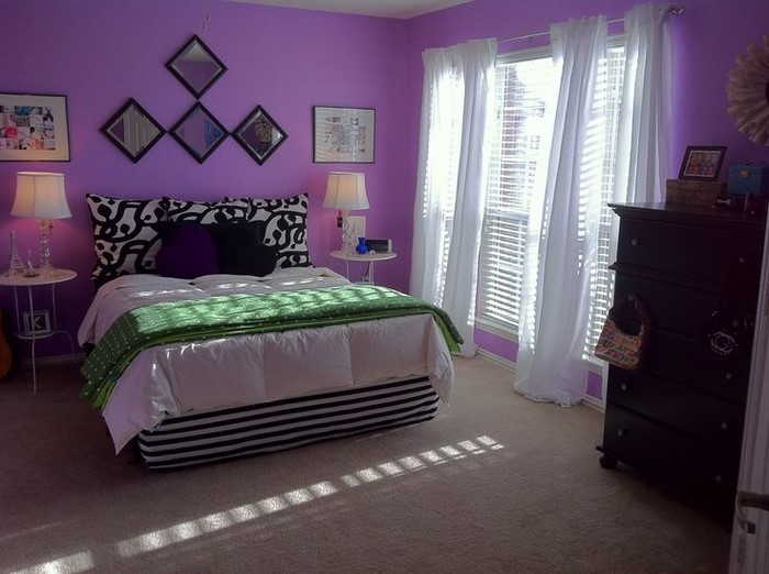 Schlafzimmer-lila-Eine-super-Deko