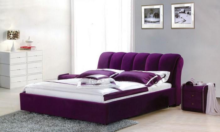 Schlafzimmer-lila-Eine-verblüffende-Ausstrahlung