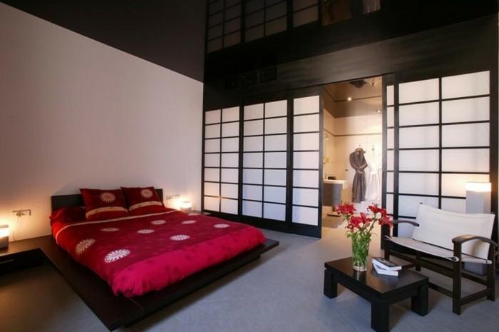 Schlafzimmer-nach-Feng-Shui-mit-einem-Schrank