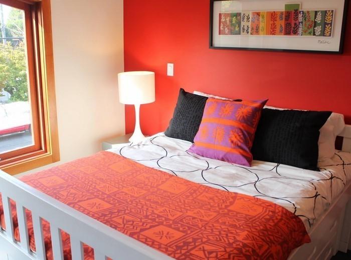 Schlafzimmer-orange-Eine-kreative-Еinrichtung