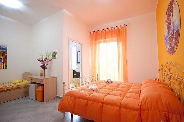 Schlafzimmer-orange-Eine-moderne-Entscheidung