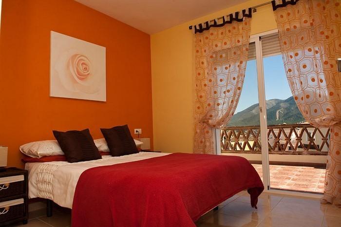 Schlafzimmer-orange-Eine-verblüffende-Ausstrahlung